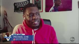 Michael Che is keeping his mask