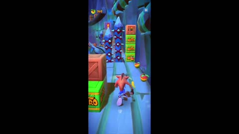 Oxide Dark Spyro's Gang Gameplay - Crash Bandicoot: On The Run!