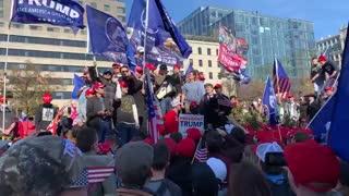 "Crowd chants ""Fox News Sucks"" Maga Million March🇺🇸"