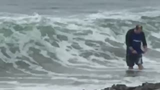 Magic Wave Makes Family Disappear