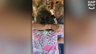 Biological Sisters Meet For First Time After 60