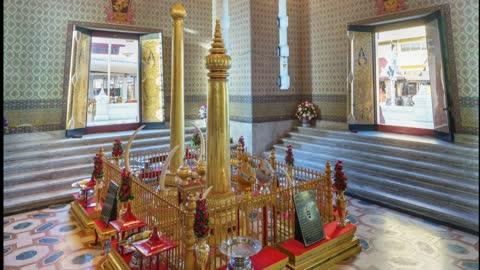 Bangkok City Pillar Shrine.