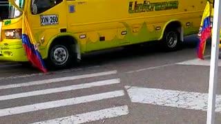 Videos del plan tortuga que adelantan los conductores de buses en Bucaramanga