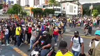 Video: Avanzan las marchas de este jueves en Bucaramanga 2