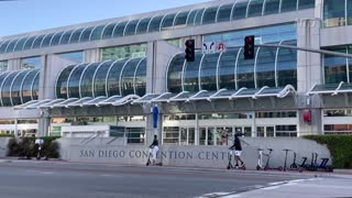 California Convention Center Hosts Immigrant Minors