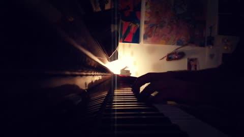 """""""LA SEDIA DI LILLA'"""" di Alberto Fortis - mini piano-cover"""