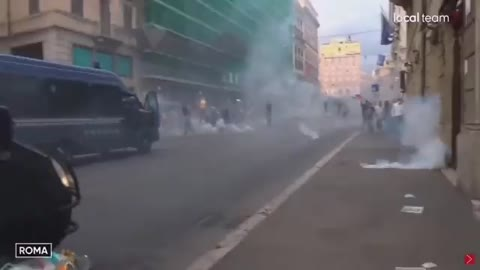 Protest in Rome against Green Pass