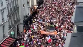 Massive protest in Paris