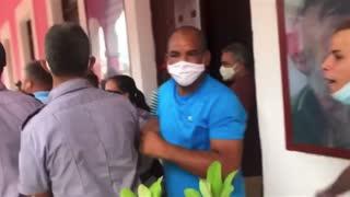 Video 9 - Oye Policia Pinga