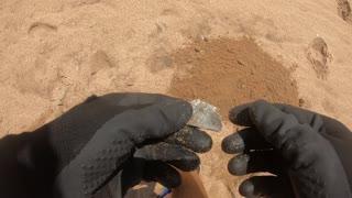 beach metal detecting (3)