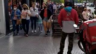 Buenos Aires en cuarentena. Parque Rivadavia.