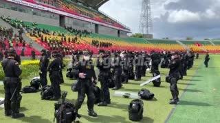 Policías y Esmad/ Estadio Bucaramanga