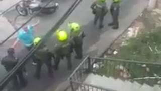 policías han resultado heridos en Bucaramanga y el área