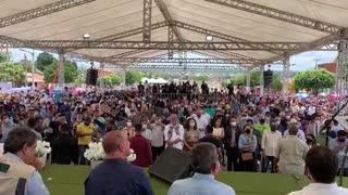 Bolsonaro fala para multidão em Tianguá, Ceará