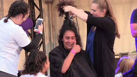 Girl Cries When Shaving Head For Cancer Friends Comfort Her by Singing