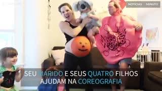 A grávida de 9 meses mais empolgada do Halloween
