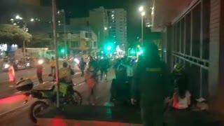 Denuncian agresión de la Policía a equipos periodísticos en Bucaramanga