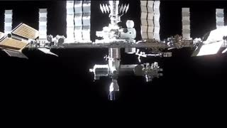 Dragon on approach – two Dragons now docked to the Space Station !