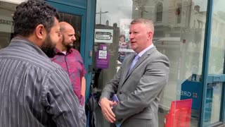 Paul Golding confronts dawah stall in Wolverhampton!