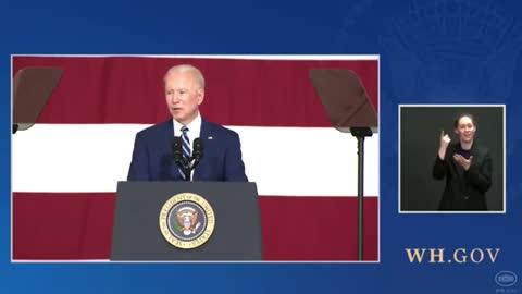 Joe Biden Stop His Speech To Flirt With Little Girl In Audience