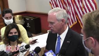 Media Questions Sen. Johnson in Milwaukee