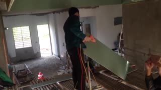 House construction - Plaster ceiling installation - Ceiling decoration