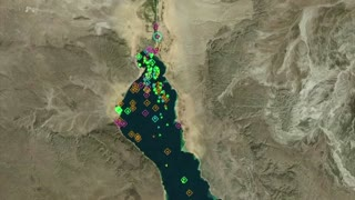 Graphic shows Suez Canal shipping traffic