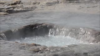 Geyser Strokkur Iceland water heater burst