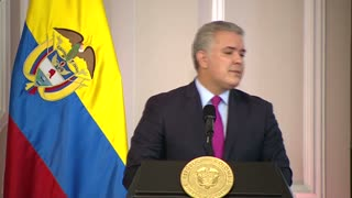 Presidente firma decreto que crea estatuto de protección de migrantes venezolanos