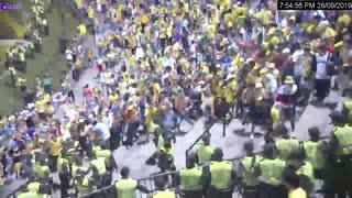 Video: Así fue la riña que dejó 10 policía heridos en el estadio Alfonso López de Bucaramanga