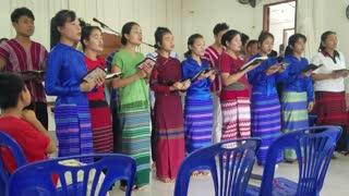 Karenni Bible School Students Singing