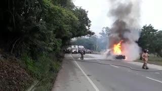 [Video] Se quema carro de valores