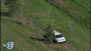High Speed Police Chase Goes Off Road in Houston!