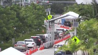 Florida rompe un récord de casos de COVID-19