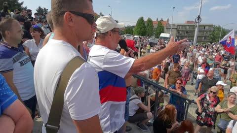 chcemeslobodu.sk - protest pred Národnou Radou 24.07.2021 - část 6