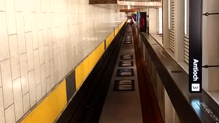 Bart train pull in to 12th Street