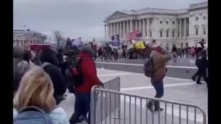 """DC Police Welcome """"Protesters"""" inside barricades to Capitol Building."""