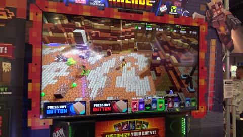 Minecraft Dungeons Arcade (Play Mechanix/Raw Thrills) - Amusement Expo 2021