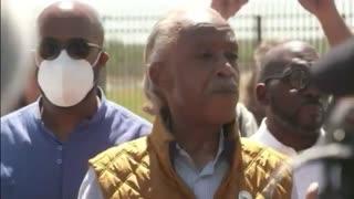 "Al Sharpton Heckled BADLY At Texas Border: ""Nobody Wants You In Texas!"""