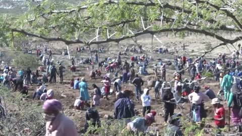 'Diamond rush' grips South African village