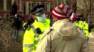 UK police arrest anti-lockdown protesters