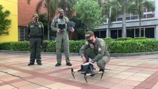 Policía y alcalde de Bucaramanga visitan sectores comerciales
