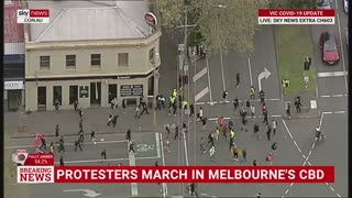 HCNN-Hundreds of construction workers join Melbourne protests