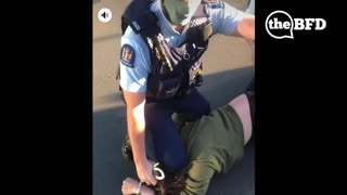 NZ Police Brutally Arrest Man for Not Wearing a Mask