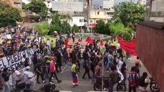 Video: Arrancó la marcha del segundo día del paro nacional en Bucaramanga