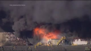 Chemical fire in Illinois prompts authorities to order evacuations