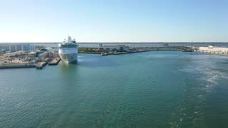 Cruise liner departure