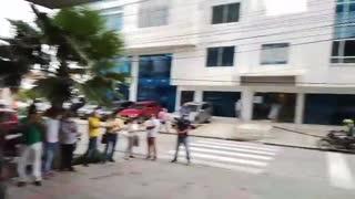 Protestas en el edificio Portus en Manga
