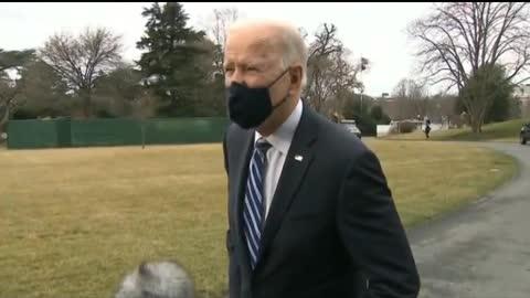 Proof Joe Biden Uses A Green Screen!!
