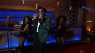 Bruno Mars, Anderson